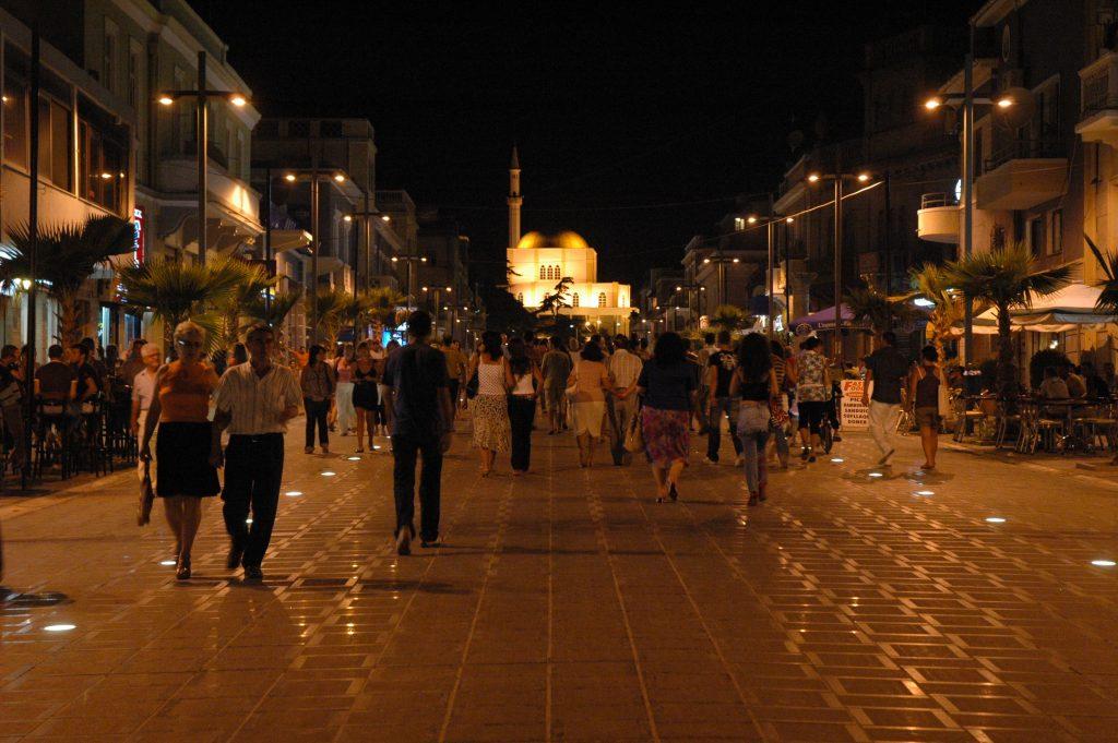 Traghetti Ancona Durazzo | Via Pedonale del centro di Durazzo