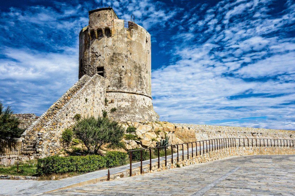 Torre di Marciano Marina | Traghetto Piombino Portoferraio Isola d'Elba