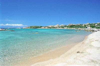 Traghetti per la Sardegna | Una delle tante bellissime spiagge in Sardegna